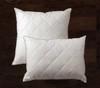 подушка с простежкой DREAMS